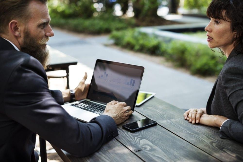blog-Najpierw klient, potem sprzedaż.wyróżniające-min